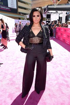 Demi Lovato in Chanel bei den Billboard Music Awards