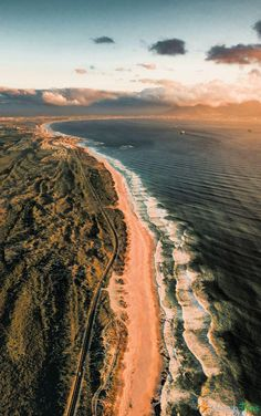 Stunning Locations In Africa Woah, check out this beach in Cape Town, South Africa!Woah, check out this beach in Cape Town, South Africa! Travel Photography Tumblr, Photography Beach, Cape Town Photography, Landscape Photography, Travel Images, Travel Photos, Wanderlust Travel, Places To Travel, Places To See
