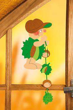 Fensterbild: Kastanienmännchen