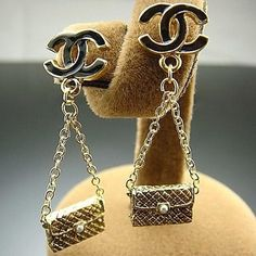 #chanel Handbag Accessories, Jewelry Accessories, Fashion Accessories, Coco Chanel, Chanel Jewelry, Jewelery, Chanel Couture, Brighton Jewelry, Chanel Handbags