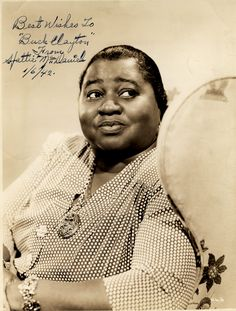 """Hattie McDaniel, """"Gone with the Wind"""" movie Old Hollywood Movies, Old Hollywood Stars, Classic Hollywood, Hollywood Glamour, Louise Beavers, Minstrel Show, Hattie Mcdaniel, Star Of The Day, Cinema"""