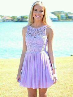 Combinar vestido lila para boda