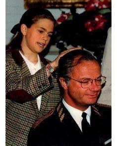 """18 gilla-markeringar, 1 kommentarer - Swedish Royal Family (@svenskakungligt) på Instagram: """"King Carl Gustaf of Sweden with his daughter Madeleine"""""""