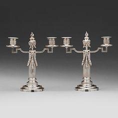 234. Fabergé, verkmästare JULIUS RAPPOPORT, kandelabrar, ett par, silver, S:t Petersburg före 1899.
