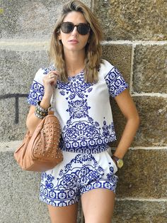 Blue+White+Short+Sleeve+Floral+Crop+Top+With+Shorts+Suits+21.99