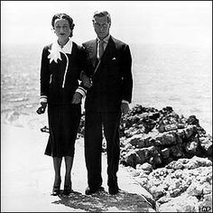 Never far from the Sea. Bored out 0f their minds, the Duke and Duchess of Windor became the mid-century version of jet-setters. Their empty lives consisted mainly of shopping, golf, and endless sponging off their friends, leaving a trail of unpaid bills and untipped servants in their wake.