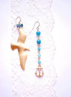 Different earrings in a pair