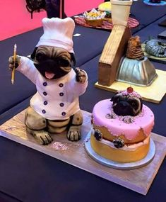 I would make this for my highschool math teacher who loooooved pugs! Fancy Cakes, Cute Cakes, Beautiful Cakes, Amazing Cakes, Fondant Cakes, Cupcake Cakes, Pug Cake, Fantasy Cake, Bolo Cake