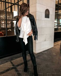 White top+black coated jeans+black ankle boots+balck biker leather jacket, Fall Evening/ Night Out/ Night Date Outfit 2018 Black Jeans Outfit Night, Night Out Outfit, Night Outfits, Casual Teen Fashion, Fall Fashion Outfits, Winter Fashion, Smart Casual Women Evening, Black Coated Jeans, Summer Coats