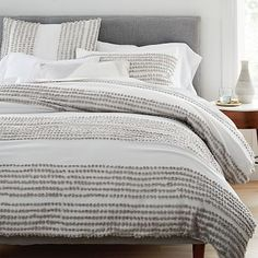 west elm adds stylish sophistication to any modern bedroom with our selection of grey bedding. Find grey sheets and duvet covers and create a chic look. White Duvet Bedding, Grey And White Comforter, King Comforter Sets, Luxury Bedding, Bedding Sets, Queen Bedding, Floral Bedding, Boho Bedding, Modern Duvet Covers