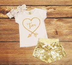 Fifth Birthday Shirt Girl Gold Glitter Birthday Outfit Little Girls Gold Sparkle Top Five Years Old 5th Birthday Shirt Gold Glitter Birthday by WindingArrow on Etsy https://www.etsy.com/listing/228899620/fifth-birthday-shirt-girl-gold-glitter