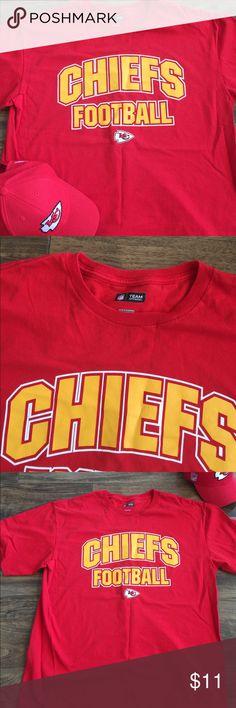 Kansas City Chiefs Short Sleeved Tee Size XL KC Tee.  EUC NFL Team Apparel Shirts Tees - Short Sleeve