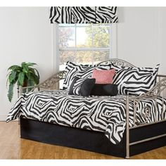 Shop for Black and White Zebra Print Cotton Daybed Set. Get free delivery On EVERYTHING* Overstock - Your Online Fashion Bedding Store! Daybed Cover Sets, Daybed Sets, Daybed With Trundle, Daybed Comforter Sets, Bedding Sets, Eddie Bauer, Zebra Print Bedding, White Daybed, White Bedding