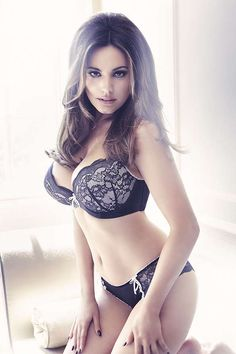 Kelly Brook es incomparable….