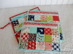 Simple Zipper Bags | Video Tutorial | A Quilting Life | Bloglovin'