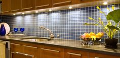 Beautiful kitchen tile backsplash ideas ! I super love this kitchen tile backsplash design!