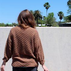Vintage tan woven sweater Size medium. Sweaters