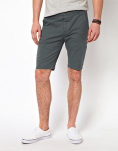 ASOS Skinny Chino Shorts In Mid Length - Grey / W32in £8.00  98% Cotton, 2% Elastane
