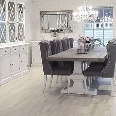 ♡ ᒪOᑌIᔕE ♡ - SO BEAUTIFUL!! - THE PERFECT DINING ROOM IN WHICH TO ENTERTAIN!! (Love the bling factor!!)