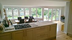 Love the bay window, we could put sofa's there instead of the table Bungalow Extensions, House Extensions, 1930s House Extension, Bungalow Conversion, Kitchen Dining, Dining Room, Bay Window, Diner Ideas, New Homes