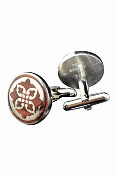 item is shipped in 48 hours, included the weekends. If you like decorative arts then you can certainly appreciate this set of details in redwood cufflinks. Men's Fashion Jewelry, Fashion Bracelets, Fashion Accessories, Men's Jewelry, Male Jewelry, Big Men Fashion, Fashion Sale, Rock Fashion, Der Gentleman