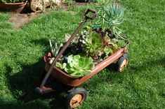 diy garden art | 30 Fascinating Low-Budget DIY Garden Pots | Daily source for ...