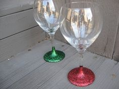 Glitter Stem Wine Glasses Are Perfect For Parties | The WHOot