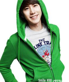 Kyuhyun - OK I'm just pinning this additional picture because it is so CUTE.