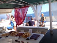 Mañana Domingo despedimos el mes de Agosto con las siguientes excursiones.  Málaga :: Ferry Málaga-Benalmádena :: Paseo en Catamarán con Baño :: Un Día en el Mar.  Dénia :: Mini Crucero Dénia-ávea :: Visión Submarina :: 3 Cabos :: Un Día en el Mar :: Excursión a Vela :: Puesta de Sol.  Valencia :: Excursión a Vela :: Un Día en el Mar :: Excursión con Baño :: Puesta de Sol.  www.mundomarino.es