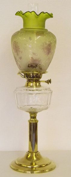 Antique Kerosene/Oil lamp with clear font and light to darker green etched shade bronze base