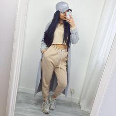 Sweatsuit- https://www.sosorella.com/collections/sweatsuit/products/sorella-dont-sweat-it-sweat-suit-nude