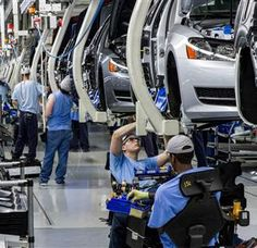 To Unionize or Not to Unionize? Tenn. VW workers Vote - NBC News