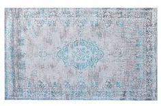 Wow! Dit karpet Medaillon van het merk Brix is echt té gek! Hoe hip wil je het hebben? Een katoenen vintage karpet in de kleur groen, turquoise, zilver of bruin maakt van jouw woonkamer een kamer uit een woonblad! De medaillon afbeelding die half vervaagd is, is helemaal van nu!  Afmeting: 170x240cm