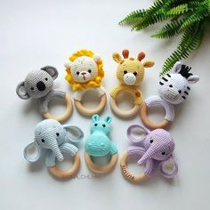 Safari baby rattle Hippo Elephant Lion Giraffe Zebra Koala, Cotton rattle, Safari shower gift, Expecting mom gift, Parents congrats present Safari Baby Rassel Hippo Elefant Löwe Giraffe Zebra Koala Gifts For New Parents, Gifts For Mom, Boss Gifts, Expecting Mom Gifts, Diy Bebe, Baby Mobile, Best Baby Gifts, Baby Rattle, Baby Elephant