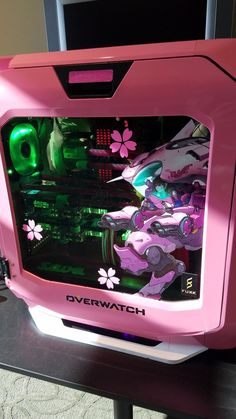 Build A PC 350436414755736702 - Overwatch PC – Dva Source by amayonquelzaram Best Gaming Setup, Gaming Room Setup, Pc Setup, Pc Gamer, Gamer Room, Gaming Pc Build, Gaming Computer, Kawaii Games, Bedroom Decor