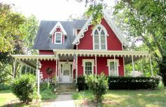 This is the Most Adorable $85,000 House I Have Ever Seen | CIRCA Old Houses | Old Houses For Sale and Historic Real Estate Listings