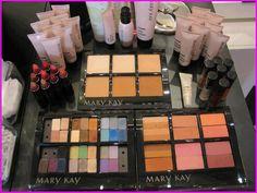 Esperando as convidadas  para sessão de beleza Mary Kay!
