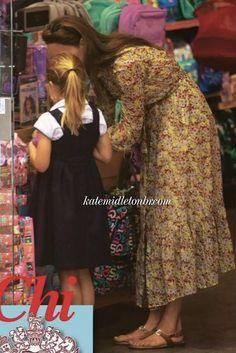 Kate Middleton Dress, Middleton Family, Kate Middleton Style, Princess Caroline, Princess Kate, Little Princess, Duchess Kate, Duke And Duchess, Duchess Of Cambridge
