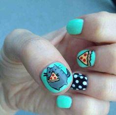 Pusheen pizza nails
