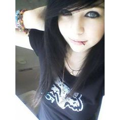 emo girl black hair Emo ❤ liked on Polyvore featuring beauty products, haircare, hair styling tools, hair, people, girls, pictures and characters
