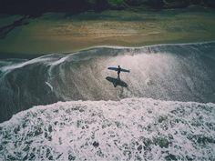 Для серфинга нужен баланс между физическим здоровьем и психологической готовностью. Не давай волю страху!  ___________________________________ Contact us / забронировать уроки  www.windysunbalisurfschool.com  windysun@surfersbali.com WhatsApp / Viber +6281936126701 _________________________________ #windysun #surfschool #beginner #surflessons #bali #kuta #padmabeach #kutabeach #legianbeach #surfing #серфшкола #серф #серфер #школасерфинга #обучениесерфингу #серфинг #кута #бали #surf #surfers…