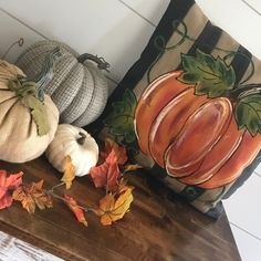 Pumpkin Pillows, Fall Pillows, Pallet Painting, Fabric Painting, Thanksgiving Decorations, Thanksgiving Holiday, Painted Pumpkins, How To Make Pillows, Fall Home Decor