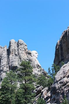 Mount Rushmore / www.livinupanotch.com Mount Rushmore, Road Trip, Mountains, Nature, Travel, Naturaleza, Viajes, Road Trips, Destinations