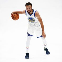 Image may contain: one or more people, people playing sports and shoes Stephen Curry Basketball, Nba Stephen Curry, Golden State Basketball, Nba Basketball, Curry Wallpaper, Wardell Stephen Curry, Basketball Bedroom, Team Player, Golden State Warriors