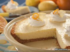 This easy crust cheesecake will make you a baking maven in no time! Rich and creamy, and kissed with a citrusy taste of Florida sunshine - it's a no-fuss fancy idea that they won't be able to wait to indulge in.