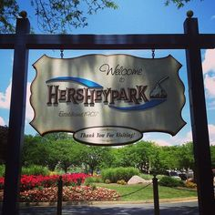 having a jolly sweet time with tons of kisses! #hersheypark #hubbytime #chocolate #rollercoaster #sunnyfunday http://instagram.com/zoriedesign www.zorie.com