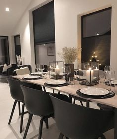 Dining Room Table Decor, Dining Room Design, Room Decor, Dining Room Inspiration, Home Decor Inspiration, Room Interior, Home Interior Design, Luxury Home Decor, Home Living Room