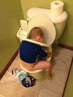 Kid Meme - Find funny kids photos to brighten your day and get a laugh! Browse our kids gifs, funny videos of kids and more! Funny Baby Memes, Funny Babies, Funny Kids, Funny Cute, Funny Texts, Cute Kids, Cute Babies, Funny Jokes, Baby Humor