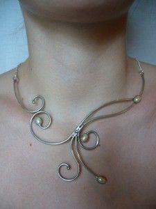 Collier arabesques et perles – Elemiah Delecto, bijoux de cheveux artisanaux, accessoires coiffure chignon mariage