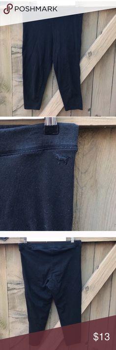 Size M VS Pink black capri leggings Size M VS Pink black capri leggings: BIN 5 PINK Victoria's Secret Pants Leggings